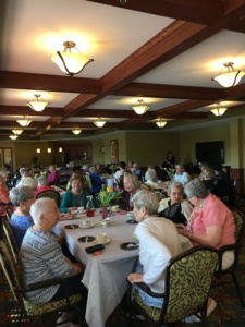 Eagan Pointe Senior Living-Celebrating Mother's