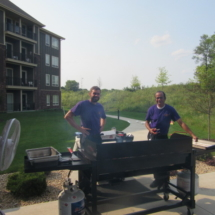 national-night-out-alzheimers-association-fundraiser-eagan-pointe-senior-living-grilling out