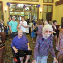 national-night-out-alzheimers-association-fundraiser-eagan-pointe-senior-living-group shot