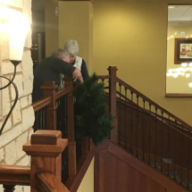 Holiday-Decorating-EaganPointeSeniorLiving (3)