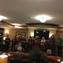 Eagan_Pointe_Carolers (3)