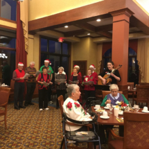 Eagan_Pointe_Carolers (5)