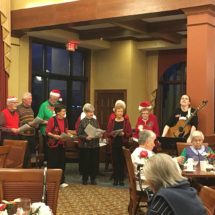Eagan_Pointe_Carolers (6)